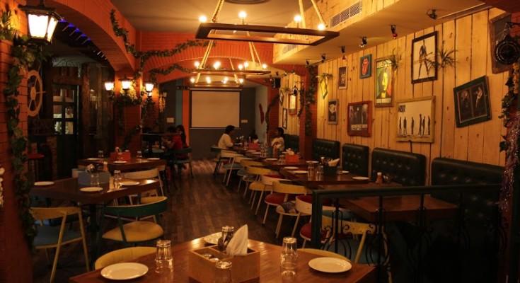Spezia Bistro GTB Nagar Delhi University Restaurant