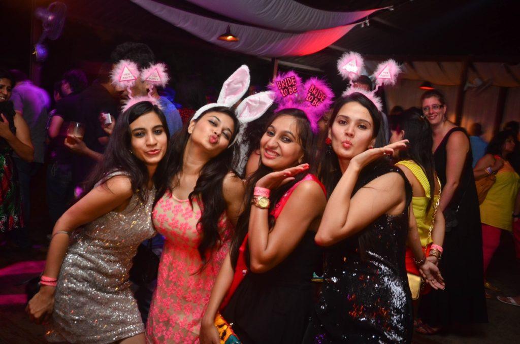 Bar and Beach Parties in Goa